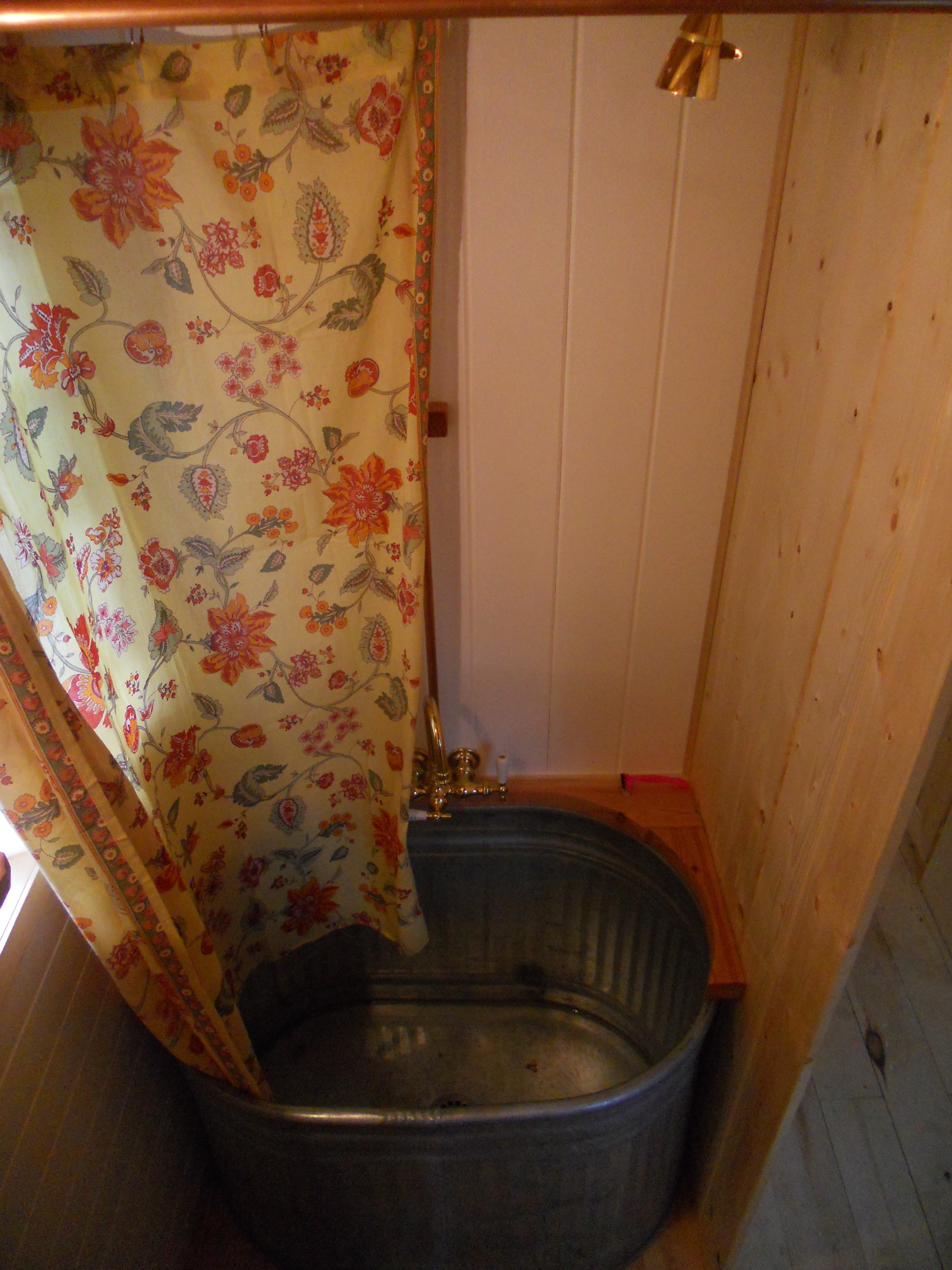 A rather tiny bathroom littleyellowdoor for Tiny toilet ideas